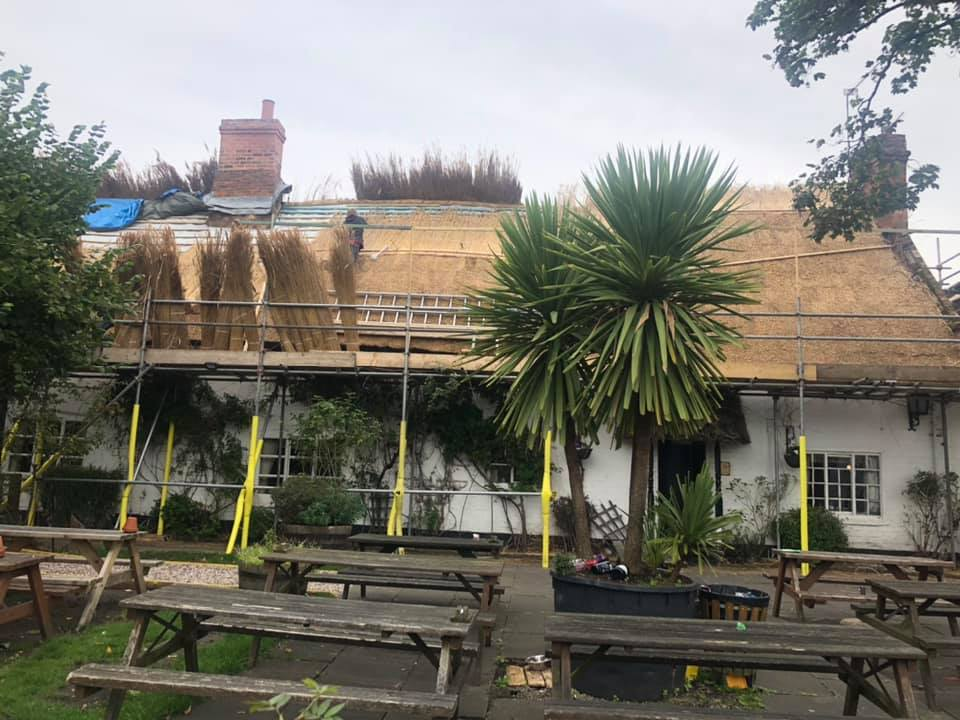 rethatching the Bakers Arms Pub in Blaby